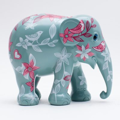 A Love Story 20cm Elephant Parade available at The Frame Odiham